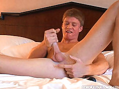 Muscular stud giving nice stroke and anal fingering show daddy gay porn
