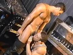 Muscular tattooed guys play blowjob daddy gay porn