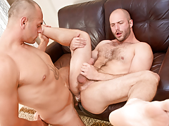 Cock-hungry hairy bully David slobbers over Enzo's veiny rod daddy gay porn